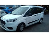 Ford Tourneo Courier 1.5 TDCI Titanium